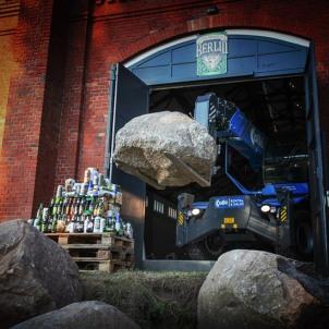 stone-berlin-beer-bashing